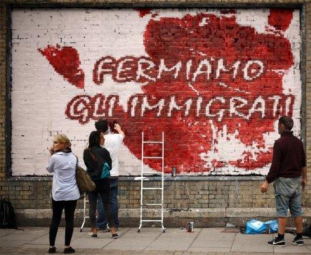 Fermiamo gli immigrati