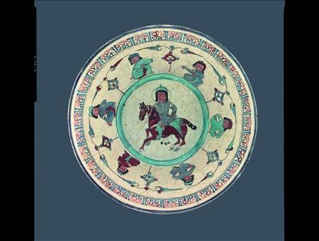 Ciotola Mina'i, Iran, Kashan, 1100 - 1200, Fritta con invetriatura bianca opaca e pittura sopra e sotto invetriatura, Dar al-Athar al-Islamiyyah, Kuwait