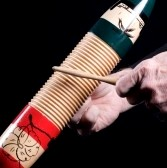 5193601-uno-strumento-a-percussione-guiro-zucca